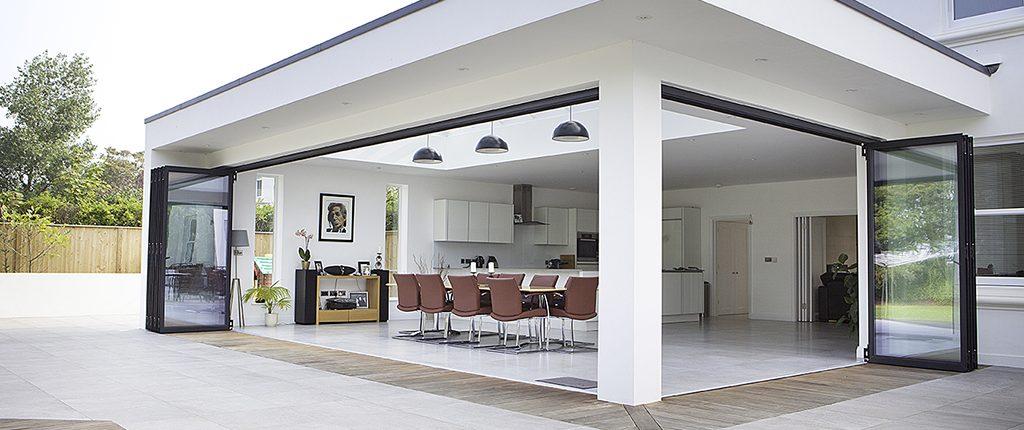 Achtergevel huis vinflex for Glazen uitbouw