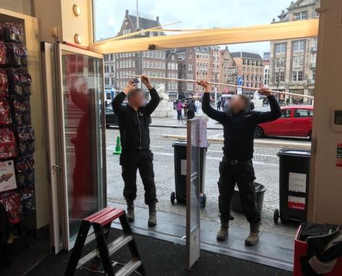 Segmentpui VinFlex Tours & Tickets Amsterdam - de laatste afwerkingen